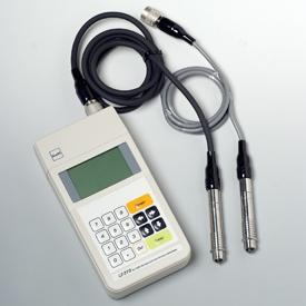 配备有足够的功能作为膜厚计。